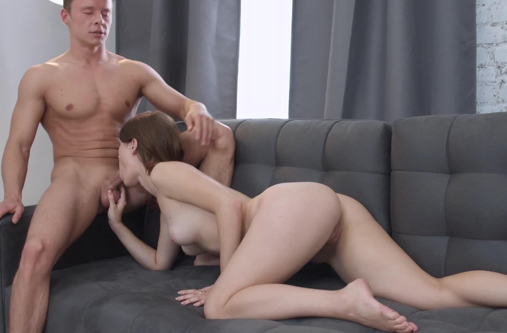 Секс с ирой на съемной квартире видео, ну и жопа у латинки