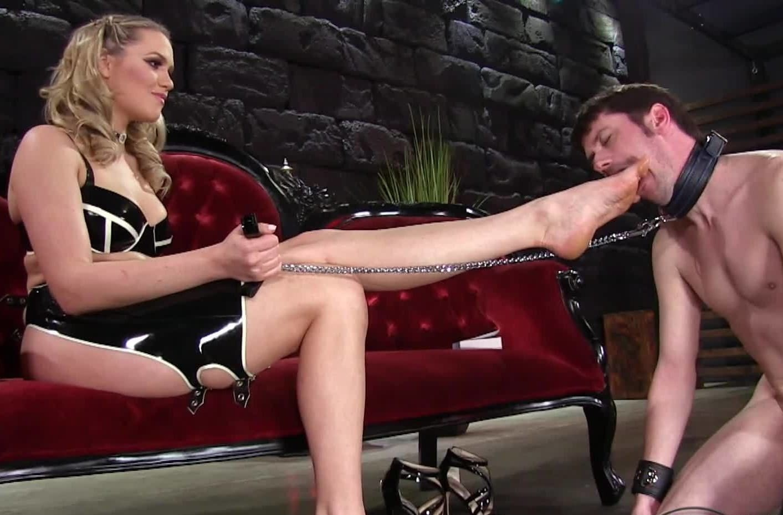 Толстая госпожа и раб онлайн, Толстые госпожи - видео Sexy Bolt 18 фотография